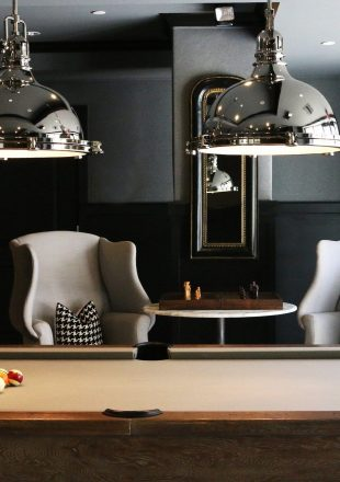 billiard-table-1835310_1920